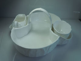 Wedgwood Countryware Strawberry Basket Creamer and Open Sugar image 3