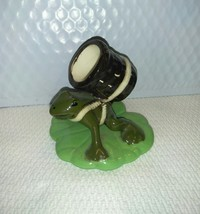 Vintage Ceramic FROG Basket Whimsical Lily PAD - $17.14