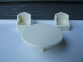 Vintage Fisher Price Little People White Wing Arm Chair and Table #952 - $14.01