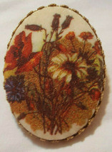 """Vintage Scarf Clip with Bouquet of Flowers 1 1/4 x 1 1/2 """" Fashion Jewelry - $9.50"""