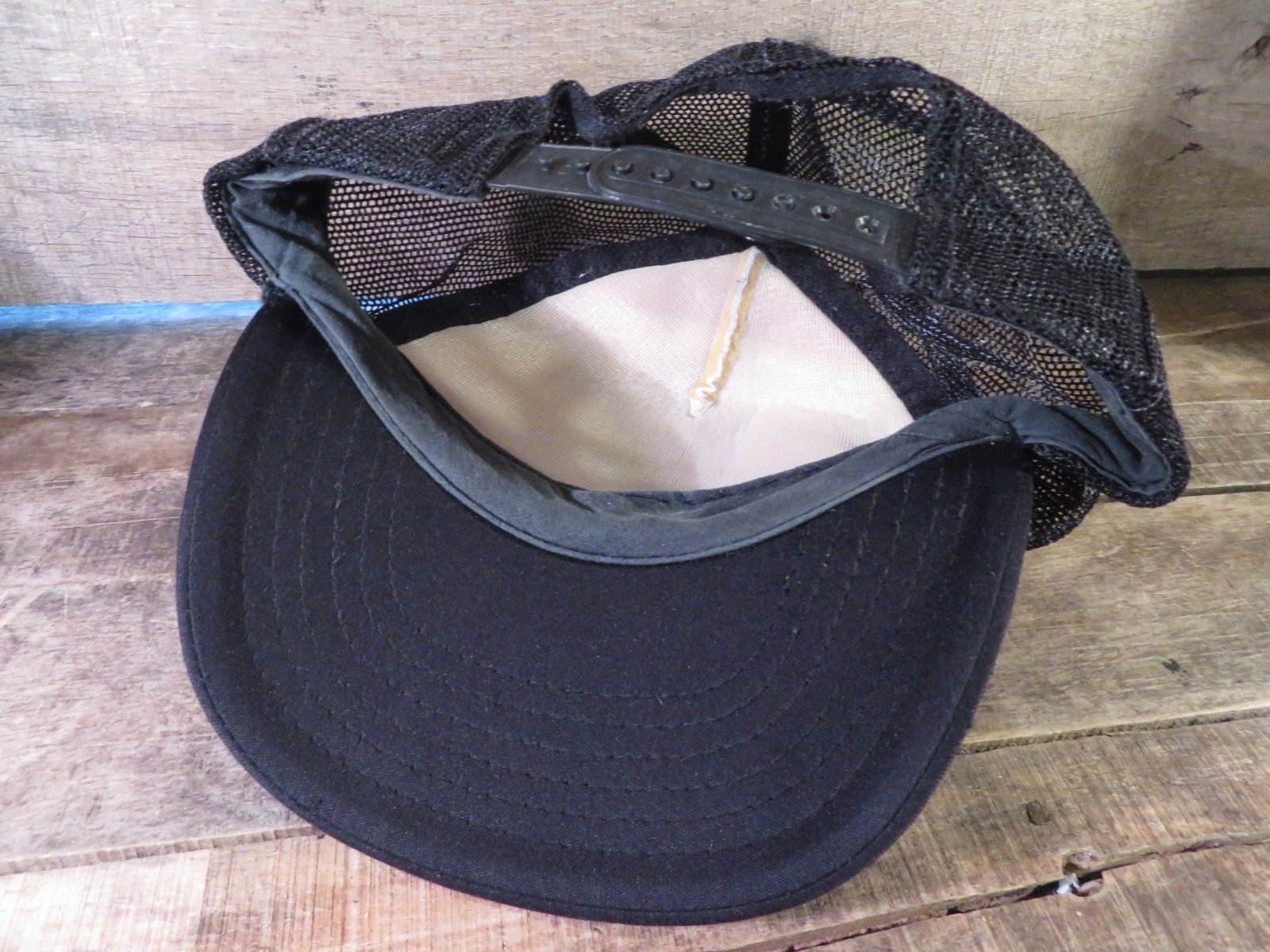 COLUMBIA Ready Mix Vintage Trucker Snapback Adjustable Adult Cap Hat