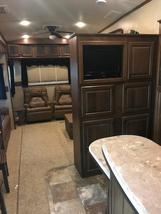 2014 Jayco Pinnacle 36' 5th wheel camper For Sale in Mitchell, South Dakota  image 8
