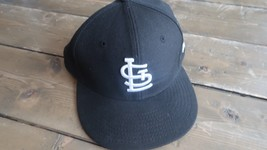 7 1/8 Fitted St Louis Baseball Black Hat - $19.79