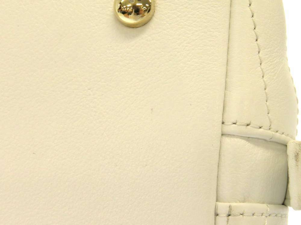 CHANEL Handbag Leather White Chevron V Stitch 2Way Shoulder Bag Italy Authentic image 5