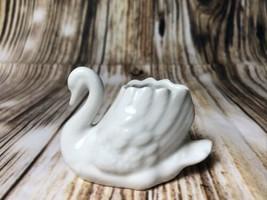 GOEBEL WEST GERMANY SWAN BIRD PORCELAIN FIGURINE CHINA WHITE BUD VASE - $11.88