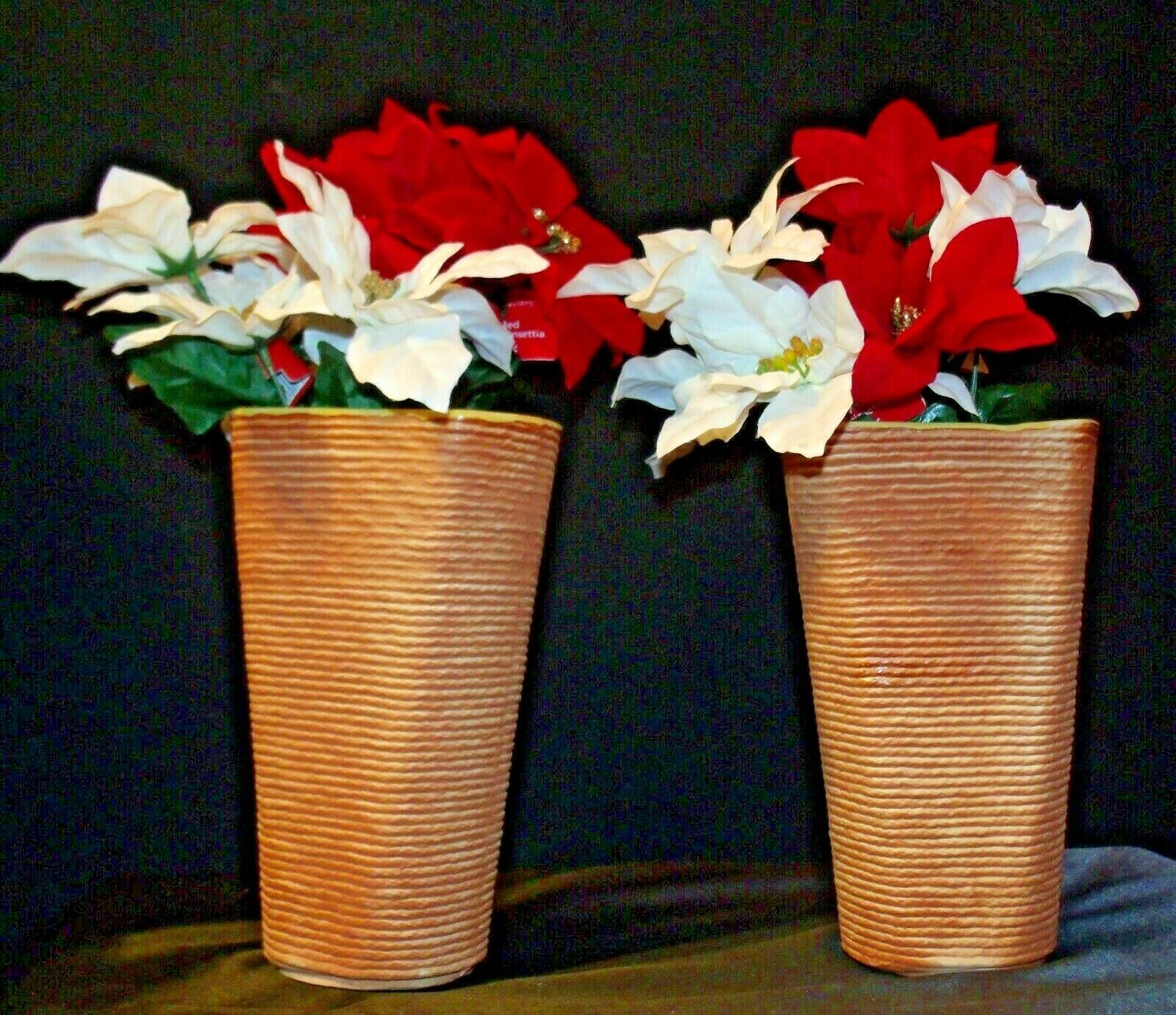 Shawnee USA 879 Floral Vases Pair  AA-191965  Collectible