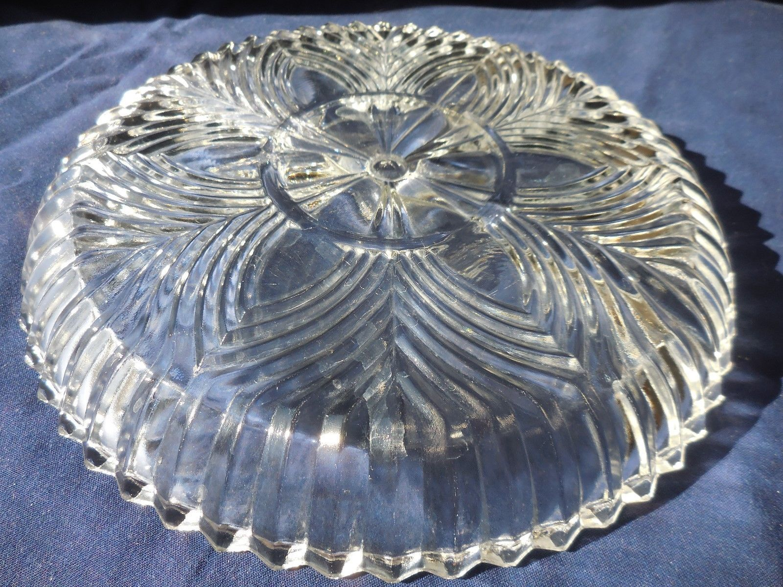 Indiana Glass Ridge Fan #259 Divided Dish 3 Compartment Clear