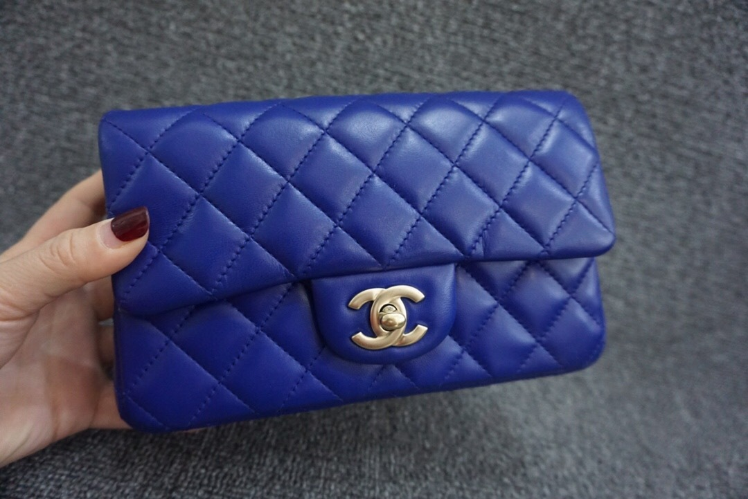 AUTH Chanel RARE ELECTRIC BLUE Quilted LAMBSKIN Large Mini 20CM Flap Bag GHW