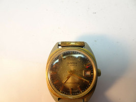 VINTAGE 1970'S CLINTON 17 JEWEL BROWN DIAL DATE WATCH RUNS WHEN WOUND - $95.00