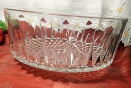 "Arcoroc Vintage Crystal Bowl 9"" w 4-1/4""h. USA. image 3"