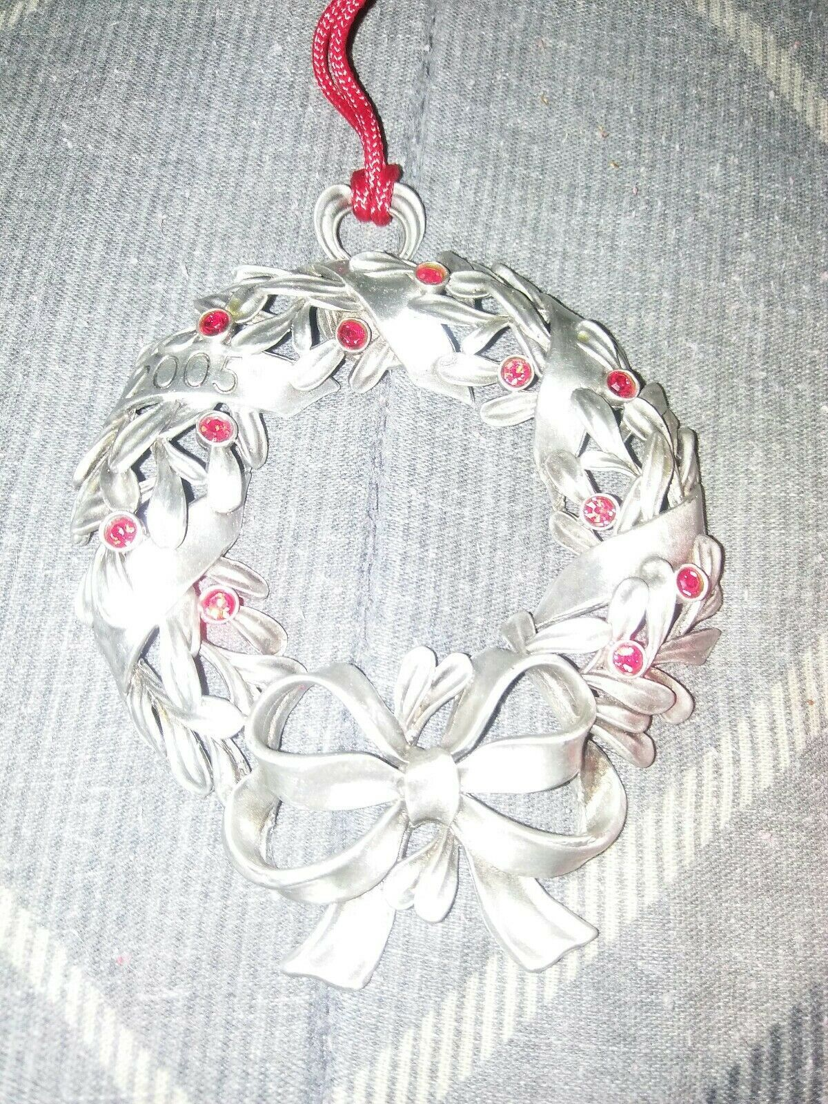 "2005 AVON PEWTER ""RED RHINESTONE WREATH"" CHRISTMAS ORNAMENT"