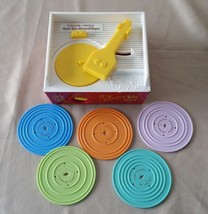 2010 FISHER PRICE PLASTIC WIND UP RECORD PLAYER MUSIC BOX 5 RECORDS WORK... - $16.82
