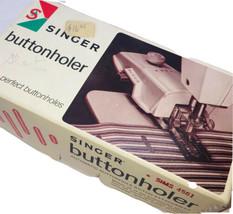 SINGER Automatic Buttonholer Stitch Attachment 4561 - $9.89