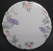 Pfaltzgraff Grapevine Round Trivet Hot Plate - $39.99