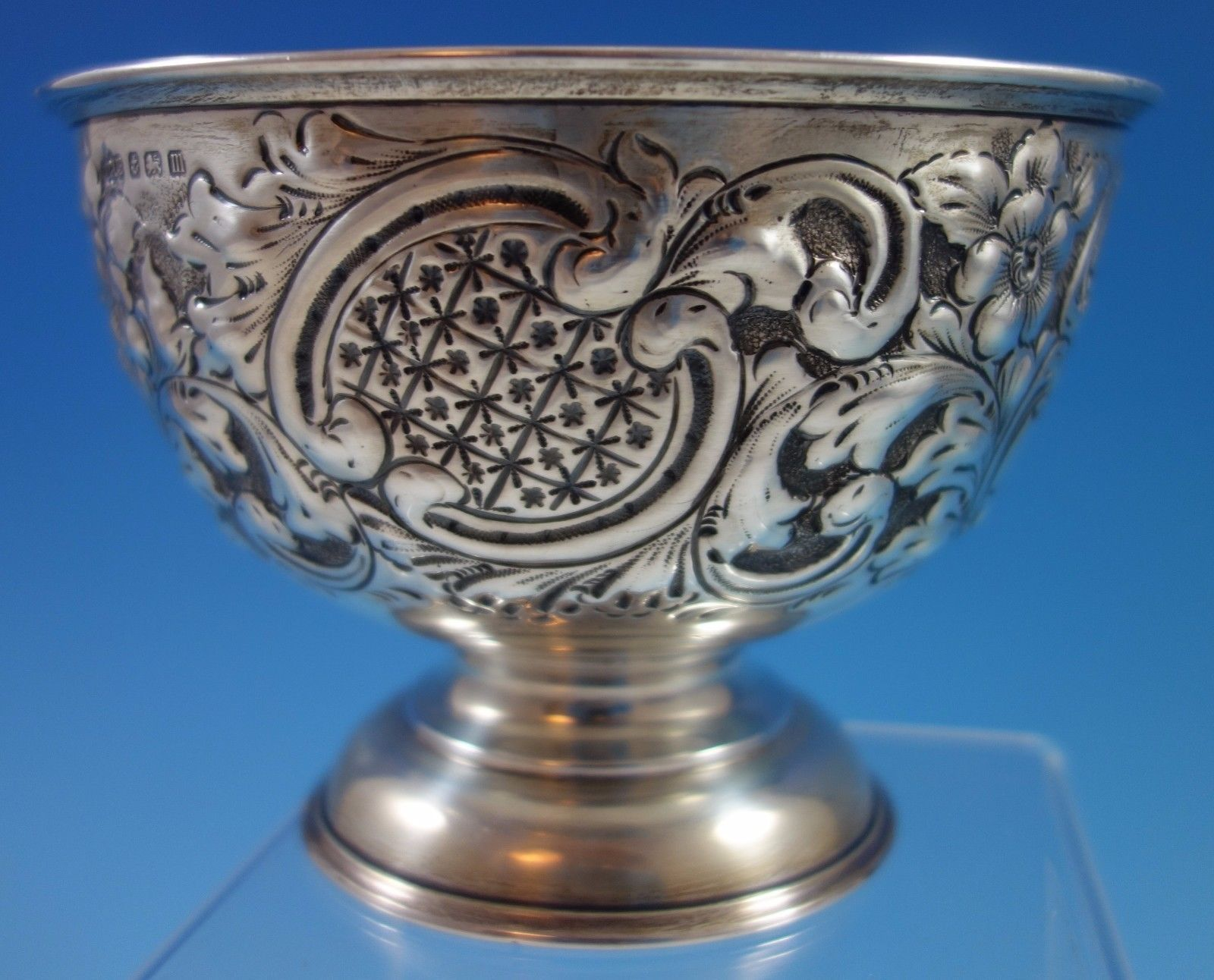 J. Gloster Ltd. English Sterling Silver Repoussed and Chased Pedastal Bowl #1651 image 5