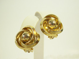Vintage Lisner Gold Plate Spiral Clip on Earrings Swirl Elegant Classic ... - $14.36