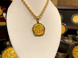 ATOCHA GOLD PENDANT NECKLACE CHAIN 2 ESCUDOS 24k SHIPWRECK TREASURE JEWE... - $799.00
