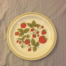 """Vintage Country Living Stoneware Strawberry Patch 11 3/4"""" Round Serving ... - $21.75"""