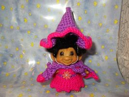 SPRING WITCH TROLL 3 inch crochet dress hat cape panties tab dam doll pink 60's image 5