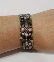 handmade Christmas pink poinsettia pattern beaded bracelet - $9.00