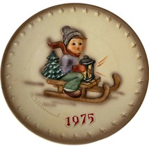"""1975 Hummel Plate """"Ride Into Christmas"""" 5th Annual Plate West Germany - $12.99"""