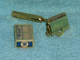1912 Gem Junior SE Safety Razor W Blades - $40.00