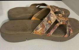 Aresoles Women's Size 5 Orange Snakeskin Slide On Sandals Shoe - $34.64