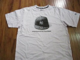 NEW YORK YANKEE BASEBALL SHORT SLEEVE T-SHIRT NEW ERA FITTED BASEBALL T-... - $19.60