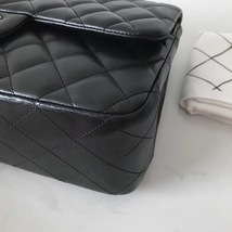 100% Authentic Chanel Black QUILTED LAMBSKIN JUMBO CLASSIC DOUTFLAP BAG Ghw image 5