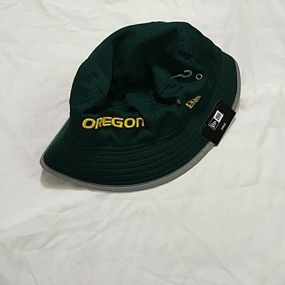 7c3e09ed15f New Era Oregon Ducks College Football Bucket and 50 similar items