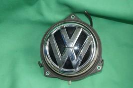 12-16 Volkswagen VW Beetle Trunk Lid Latch Release Switch Emblem Badge Lock image 1