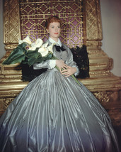 Deborah Kerr In The King And I Holding Boquet Of Flowers 16X20 Canvas Gi... - $69.99