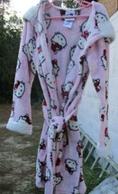 Girls Hello Kitty Robe/Dressing Gown Size 7/8 Years with Hood - $8.86
