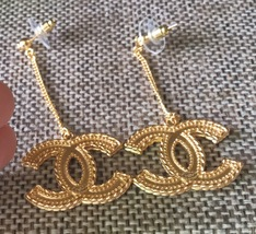 AUTHENTIC CHANEL XL GOLD CC LOGO DANGLE CHAIN EARRINGS AUTHENTIC MINT - $429.99