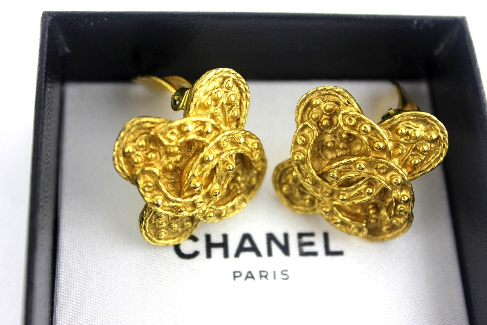 6215cf86c0f Auth CHANEL CC Logo Floral Brooch Gold Tone and 13 similar items. S l1600
