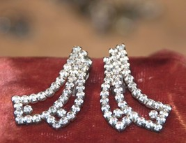 Stunning Vintage Clear RHINESTONE Earrings Clips Cascading RIBBONS  unma... - $5.78