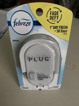 Febreze Plug Scented Oil Warmer Brand New Sealed - $9.66