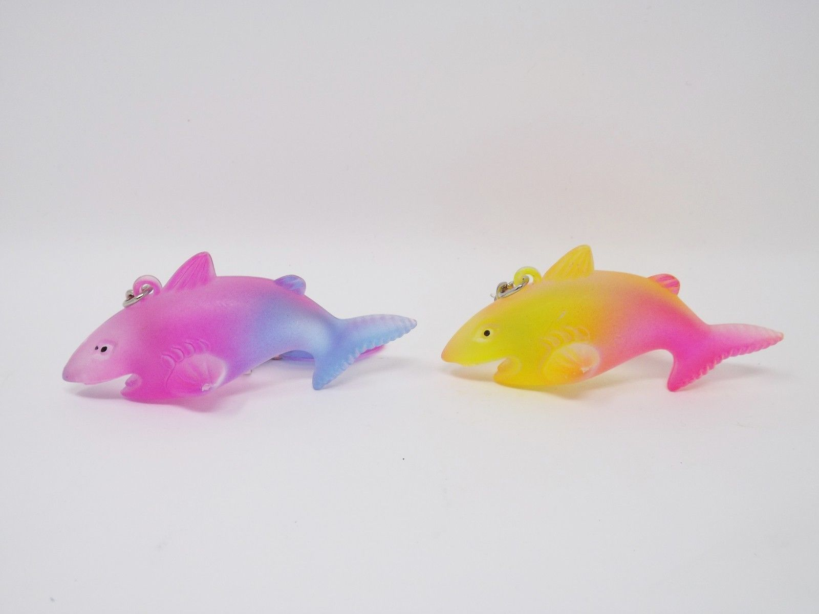 Bee Creative Gifts - New - Plastic Shark Key Ring
