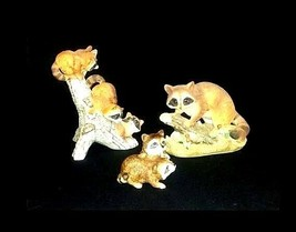 Raccoon Figurines AB 522 Collection of 3 Vintage image 1