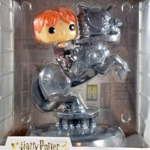Funko Pop! Movie Moments Harry Potter Ron Weasley Riding Chess Piece #82 image 7