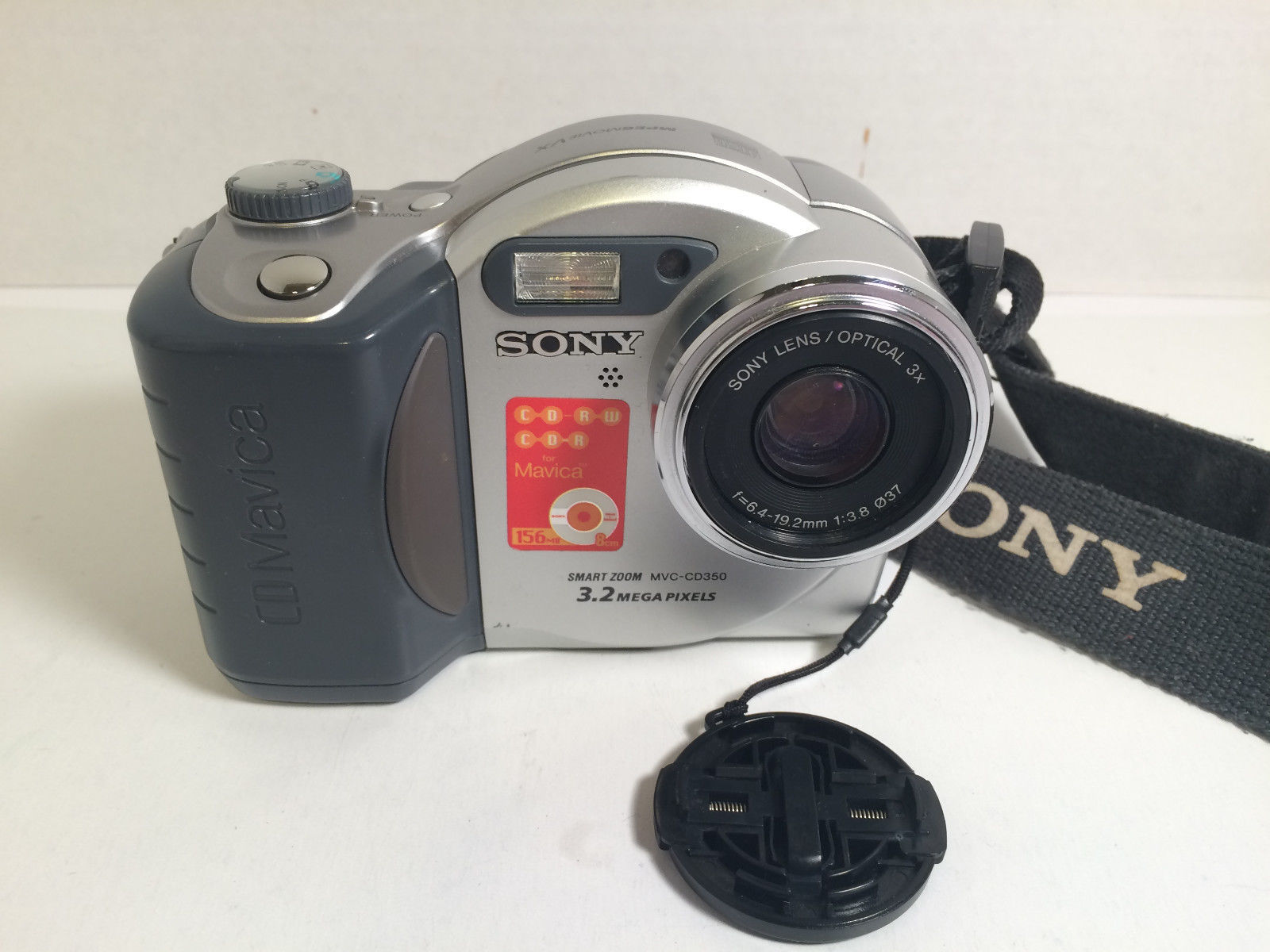 Sony Mavica MVC-CD350 3.2 MP Digital Camera - Black Silver