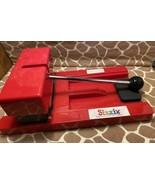 Provo Craft Original Red Sizzix Die Cut Machine - $32.00