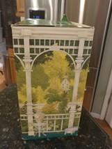 Vintage 1990 Mrs. Albee Avon Presidents Club Award BOX ONLY - $12.28