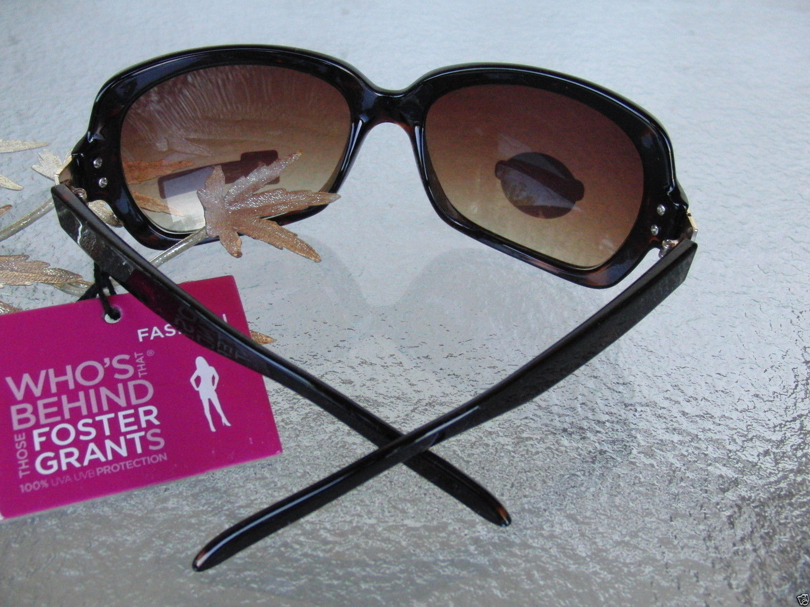 Ladies Foster Grant /'Authority/' 100/% UVA-UVB Protection Sunglasses MSRP $32.99