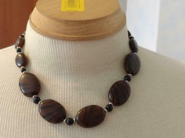 """17""""VINTAGE BROWN BLACK STRIPED FLAT STONE TRIBAL NECKLACE,ACRYLIC BEADS,... - $5.93"""