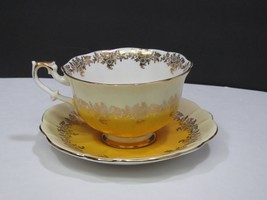Royal Albert England Bone China Tea Cup & Saucer Yellow Gold Regal Patte... - $29.70