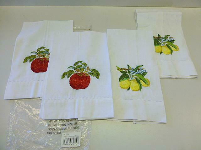 4 Fingertip Guest Towel Bathroom APPLE / LEMON Stitched Embroidered NEW in Bag