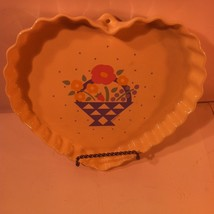 TREASURE CRAFT--AUNTIE EM--HEART SHAPED PIE / QUICHE DISH--1986--SHIPS F... - $22.90