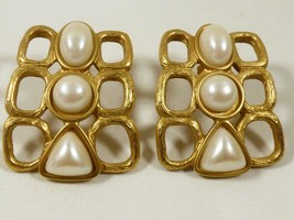 VTG AVON Large White pearl faux beads gold tone earrings  - $19.80