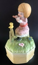 Musical Box Sankyo Japan Girl Playing Flute Swirling Figurine Vintage - $12.86